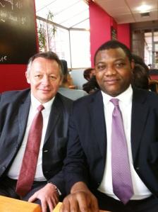 Avec Mr Thierry Braillard Secrétaire d'Etat aux sports lors d'un de nos multiples échanges sur les questions de la fonction citoyenne du sport